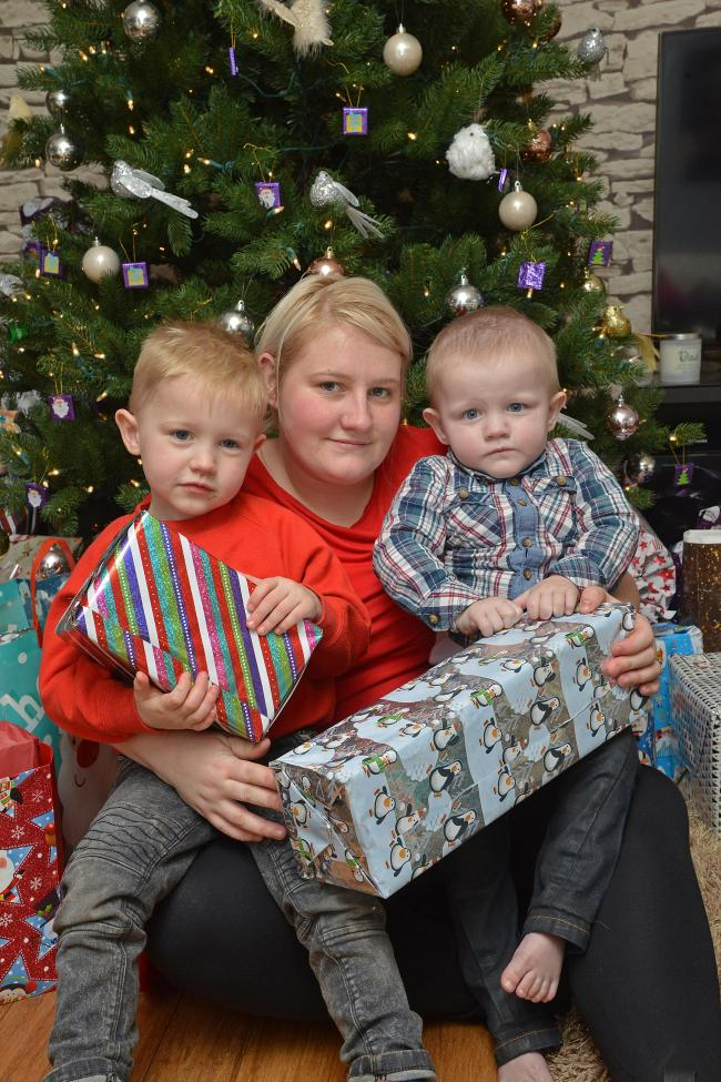 surprise visit santa went to see chris cornet left his mother lyndsey and