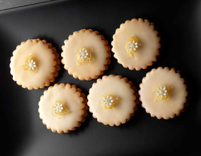 Easy recipes for empire biscuits