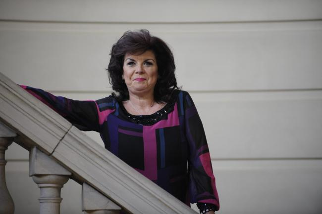 Photo Jamie Simpson.  .Elaine C. Smith photographed for The Herald Magazine at the Mitchell library in Glasgow-JS.