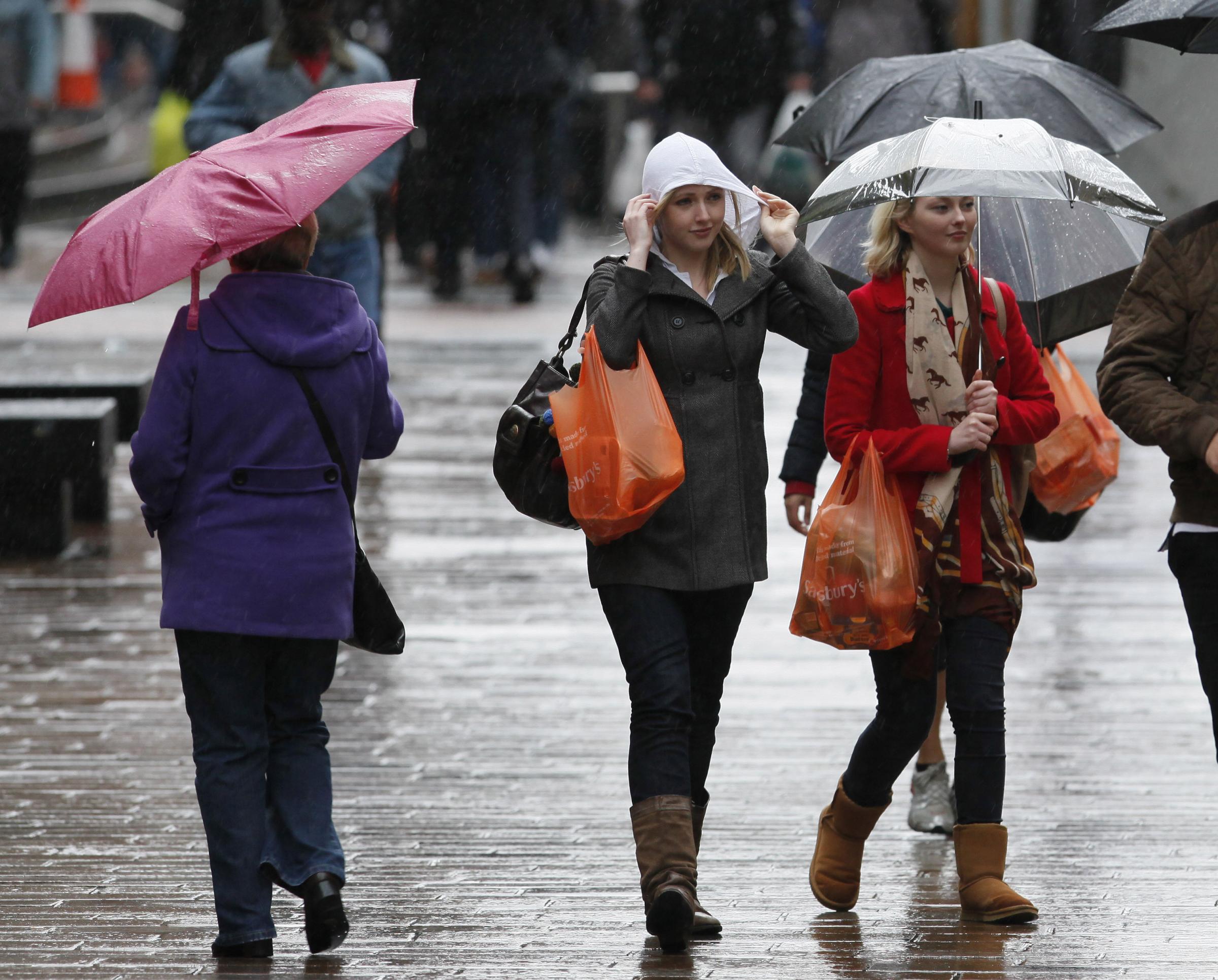 Scottish retail sales fall ahead of key festive trading period