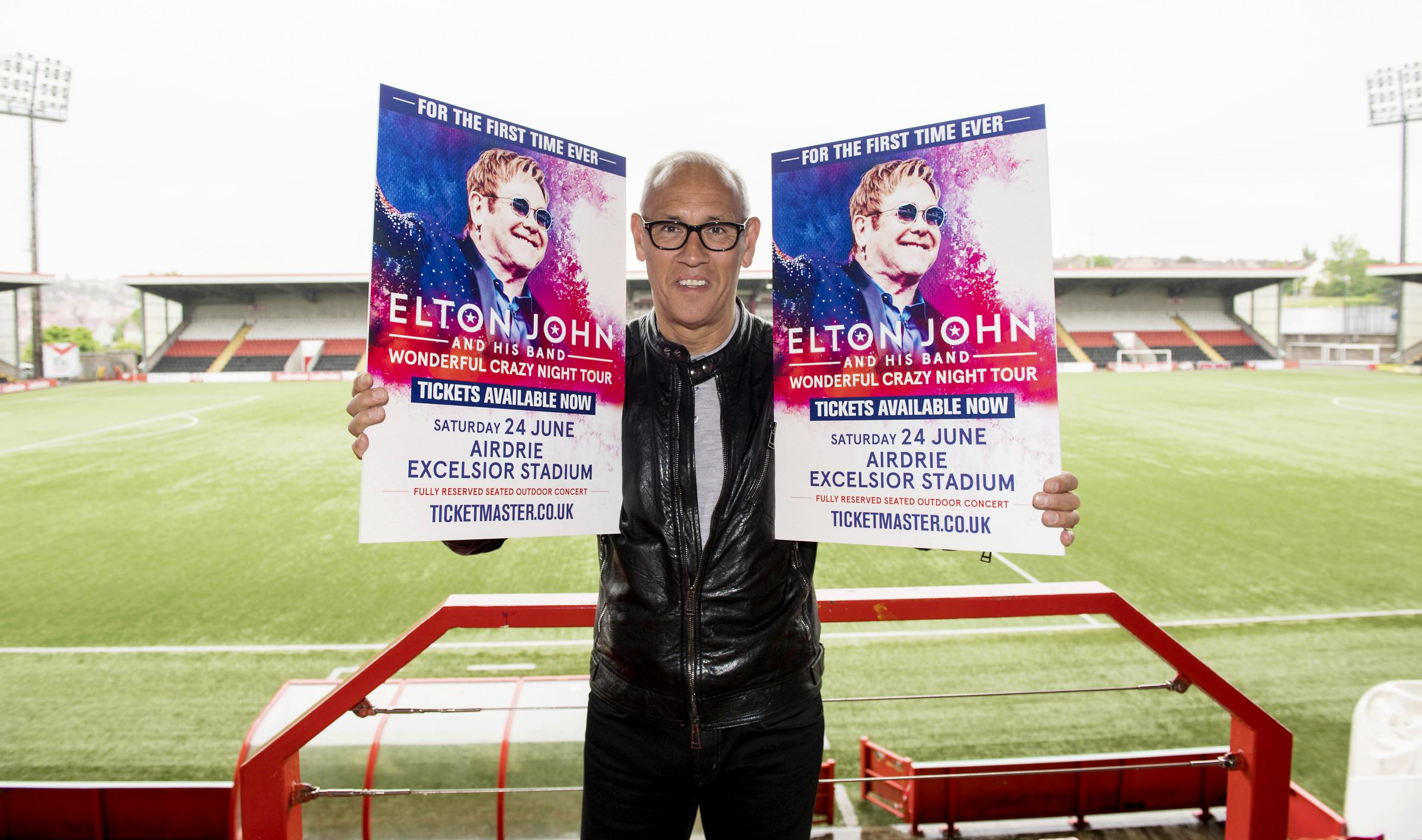 Former England international Mark Hateley promotes the Elton John's Wonderful Crazy Night tour and preview Scotland's upcoming World Cup qualifier against England..