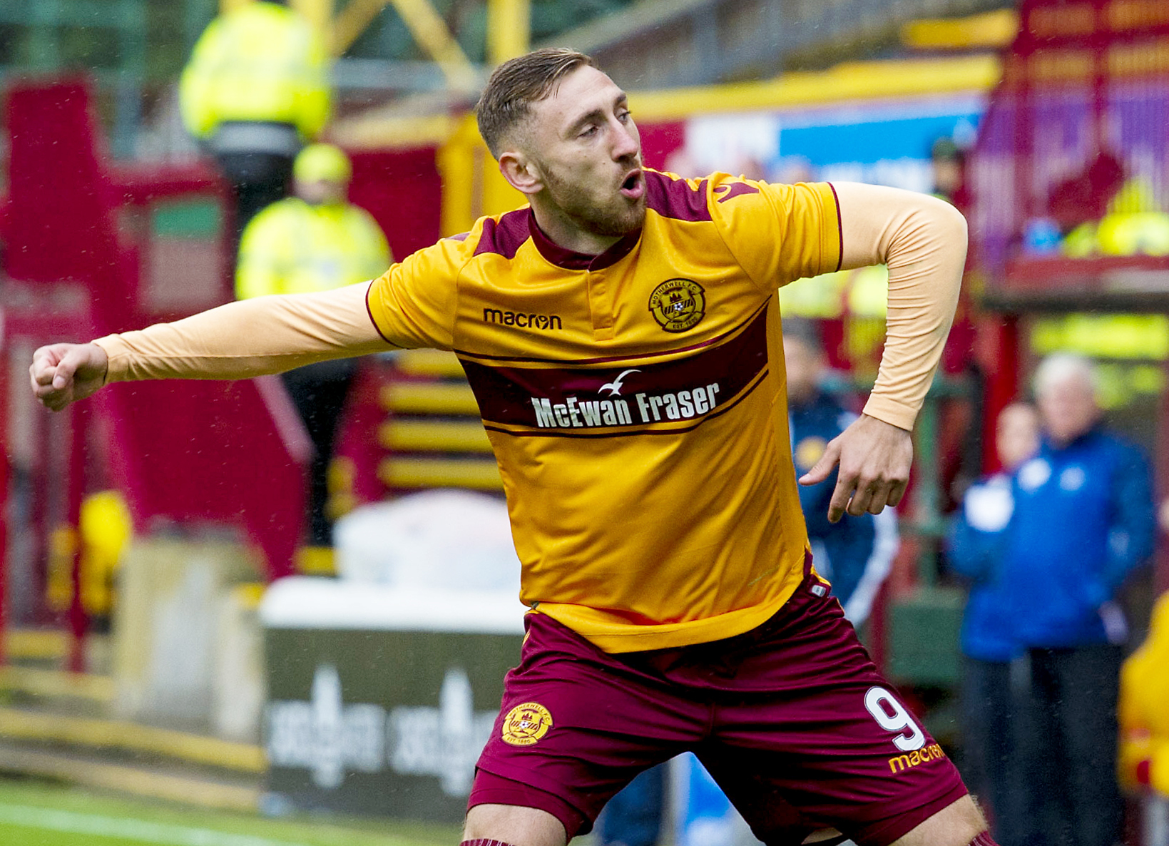 new products 43af4 2f347 No pressure being applied to Louis Moult over new Motherwell ...