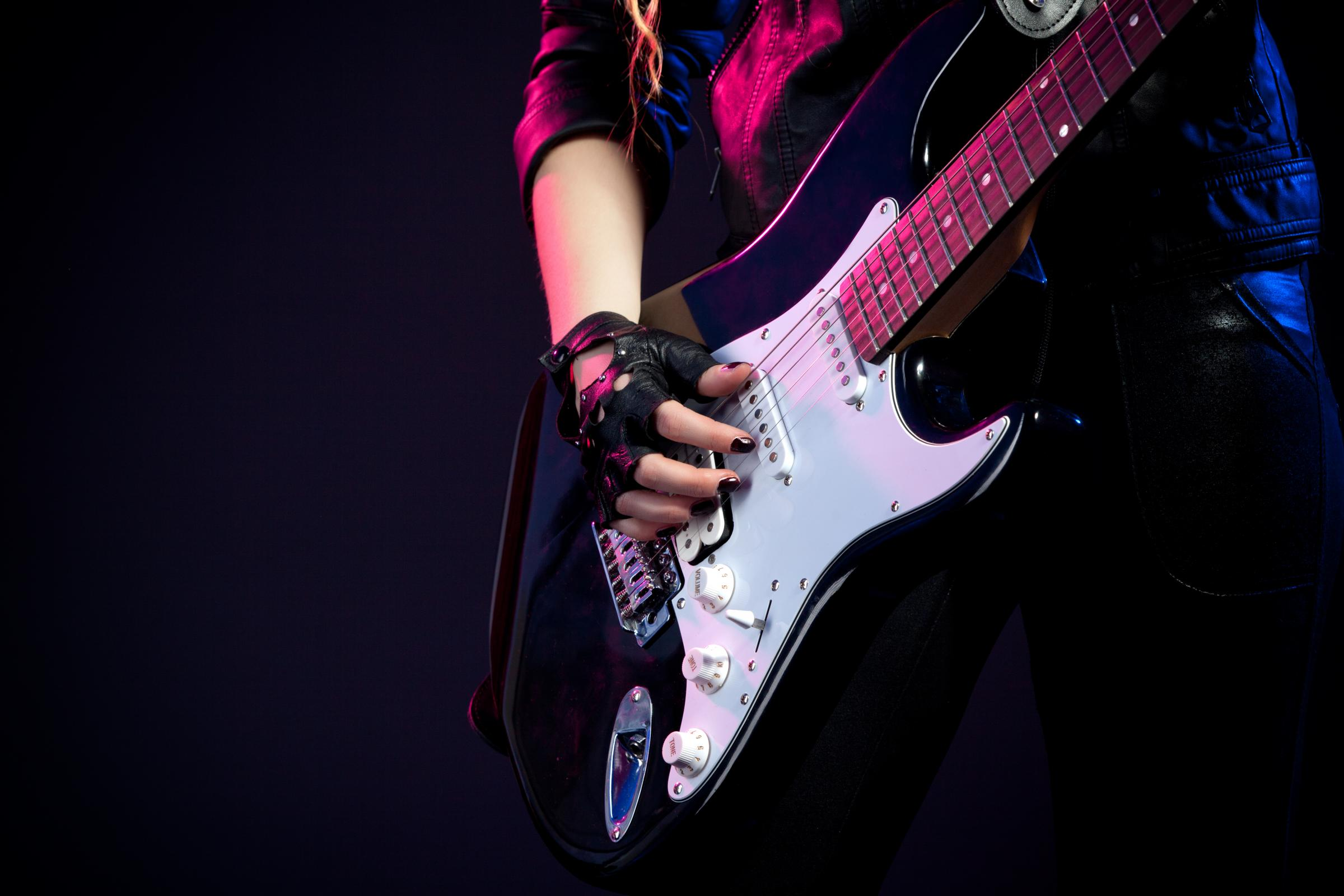 New Guitar Technology Developed By St Andrews University Academic