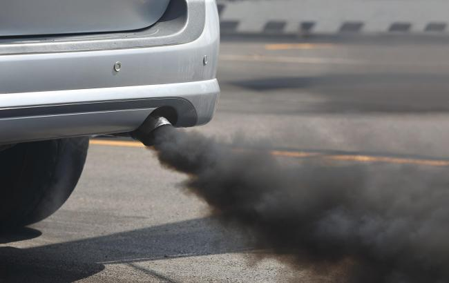 Air pollution 'nearly as bad' for baby as mother smoking during pregnancy