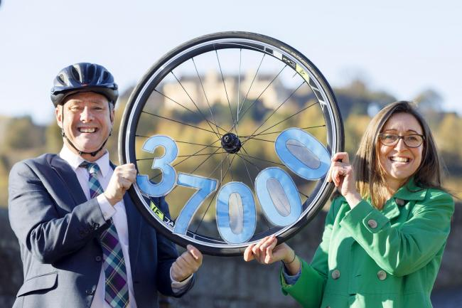 Keith Brown launches Stirling Cycle scheme with Clara Walker, Chief Executive of Forth Environment Link.