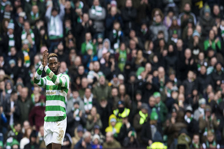 Celtic's Moussa Dembele during warm up before the Scottish Premiership match at Celtic Park, Glasgow. PRESS ASSOCIATION Photo. Picture date: Saturday December 30, 2017. See PA story SOCCER Celtic. Photo credit should read: Ian Rutherford/PA Wire. REST