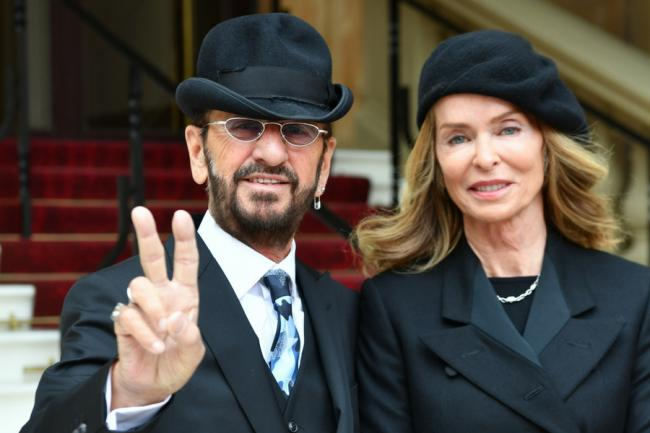Newly Knighted Ringo Starr With His Wife Barbara Bach As They Arrived At Buckingham Palace