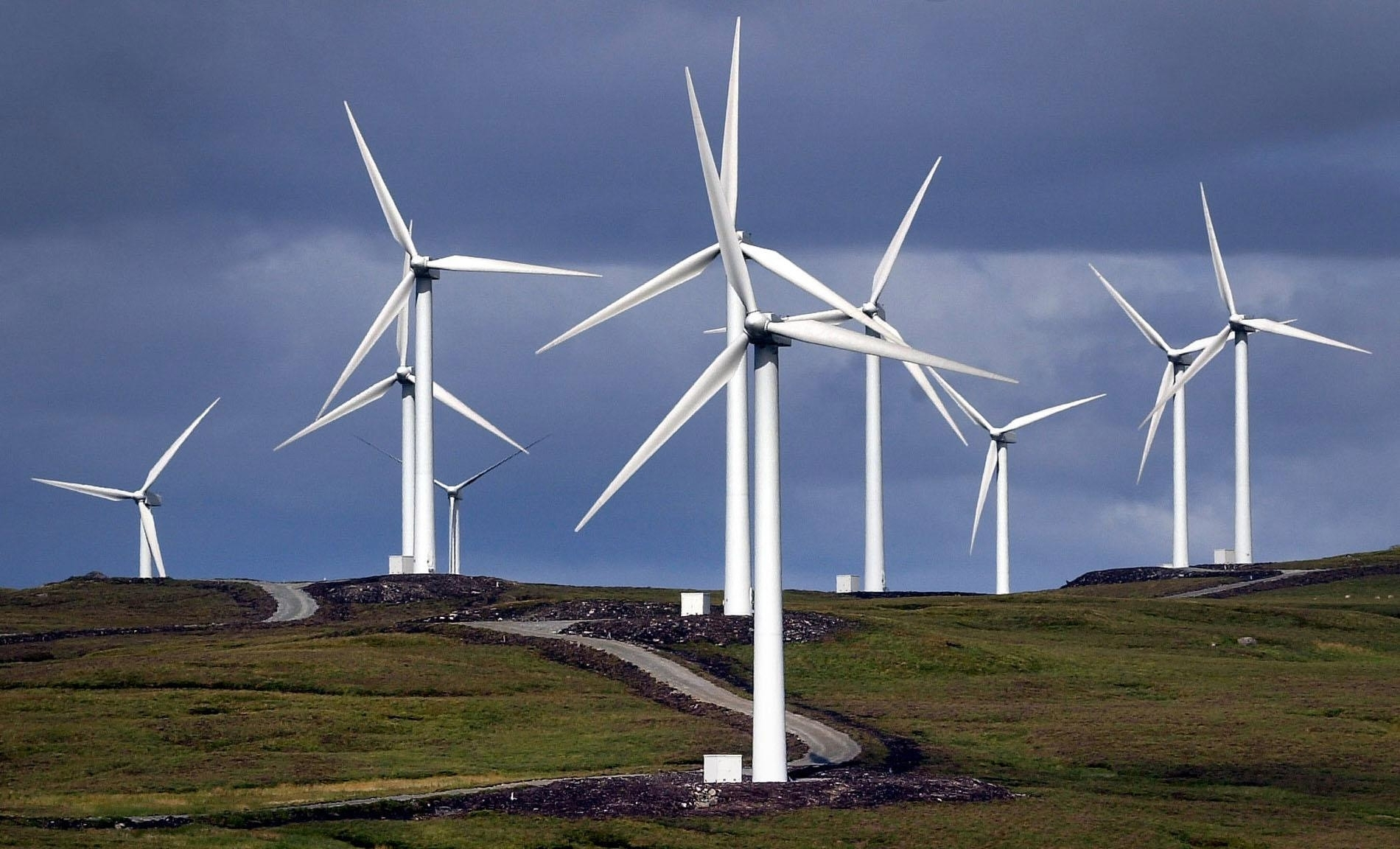 Herald View: Questions over 'supersized' wind farms