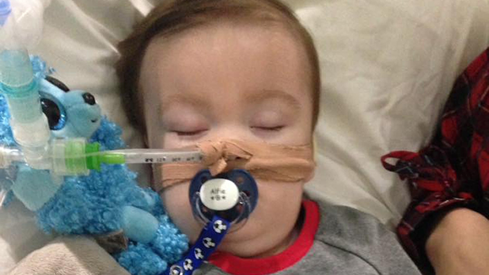 Parents fail in 11th-hour legal bid to move Alfie Evans to foreign hospital