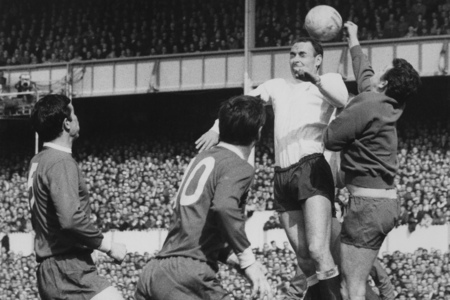 Alan Gilzean became the finest proponent of the flicked header in English football thanks to words of advice from his father Willie