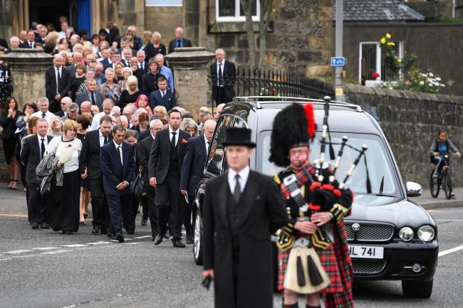Hundreds mourn as Bay City Roller Alan Longmuir laid to rest