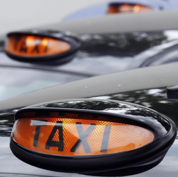 'Disgraceful': Loophole means the poorest Scots taxi drivers lose out in Covid grant scheme
