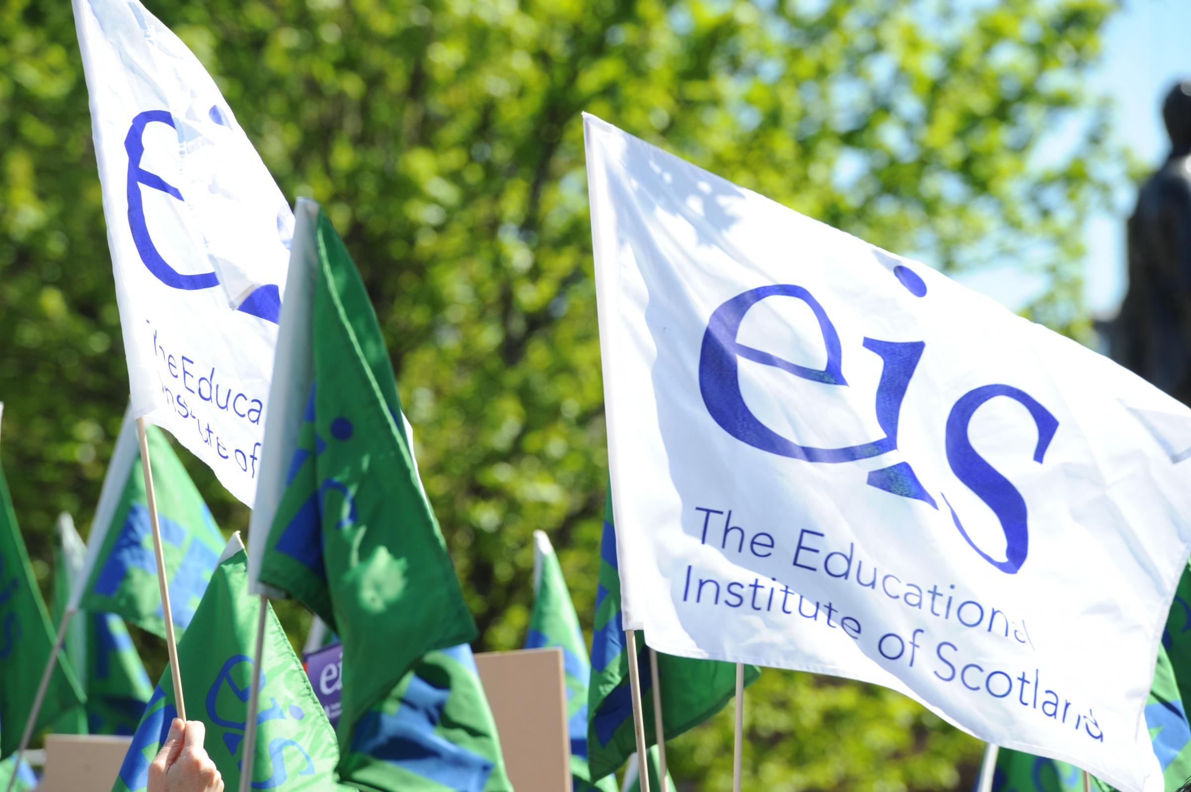 Teaching unions want a 10 per cent pay rise for all staff