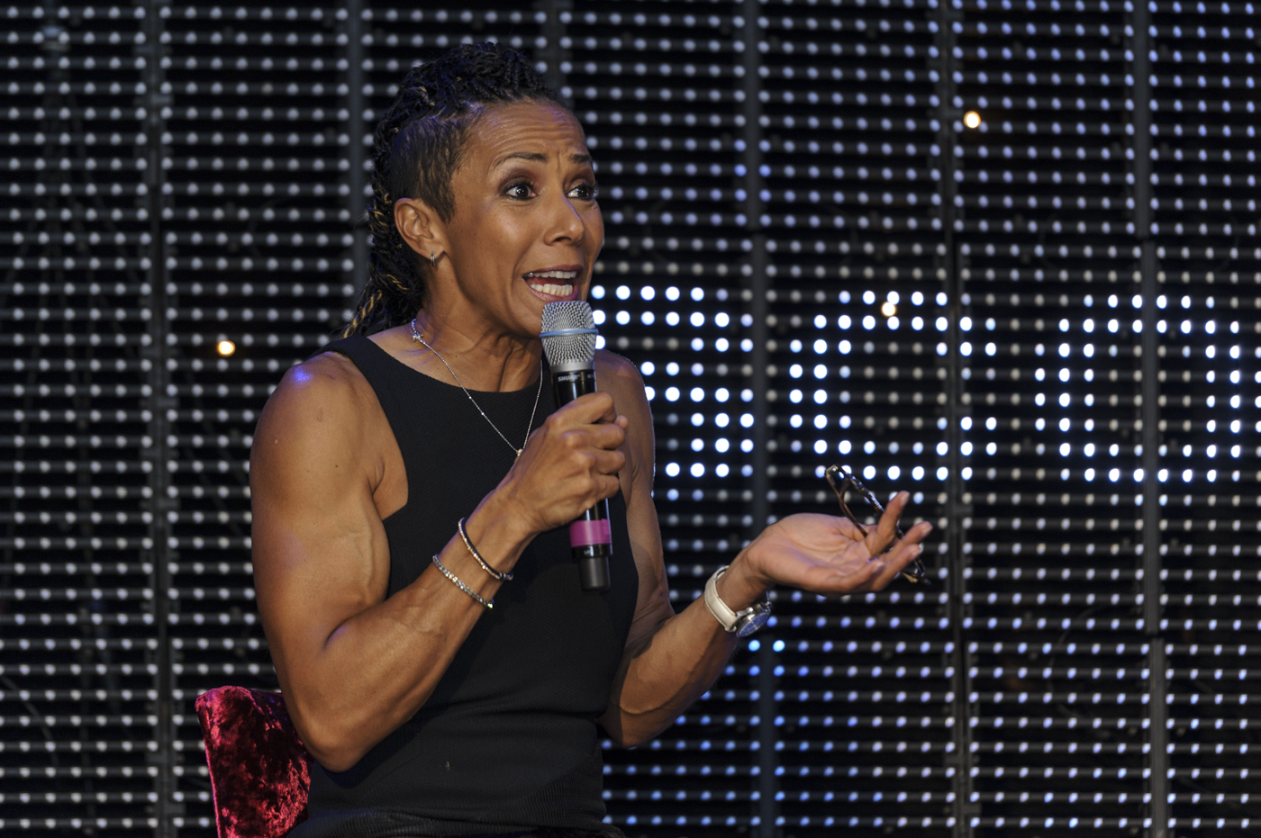 Dame Kelly Holmes in full flow on Saturday night. Pic: Bobby Gavin
