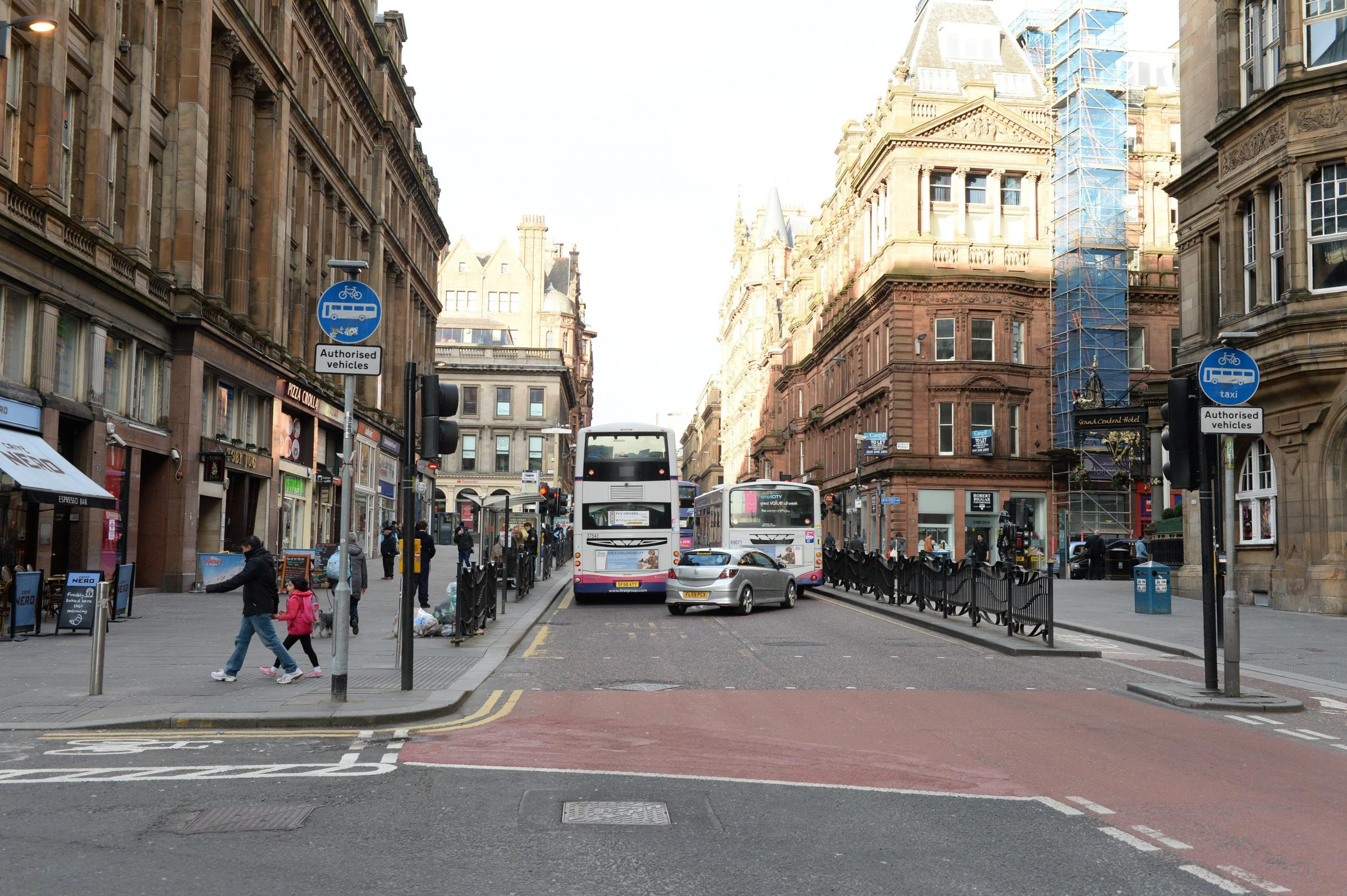 Glasgow takes top spot in bus lane fines