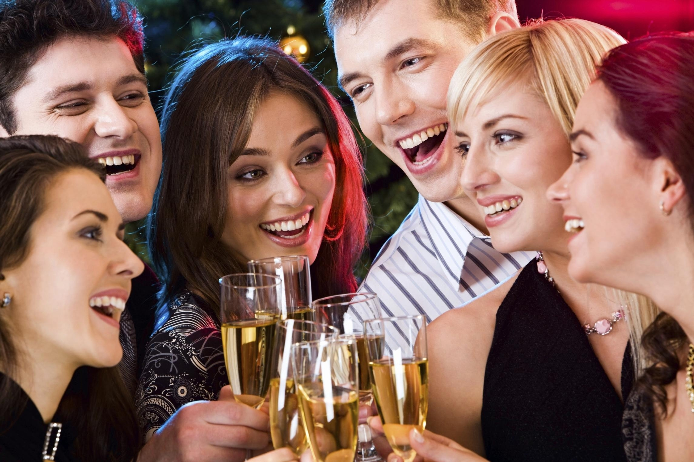 Herald View: Adverts need to stress the benefits of moderate drinking