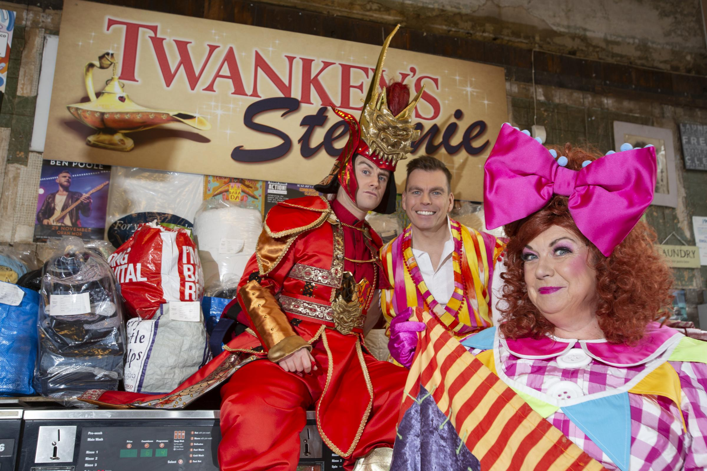 Kings Theatre Photo Call.Did anyone notice anything out-of-the-ordinary in Finnieston today? It was the King�s panto cast doing their laundry - 'Oh Yes It  Was'..Panto stars Elaine C Smith, Johnny Mac and Paul-James Corrigan visited th