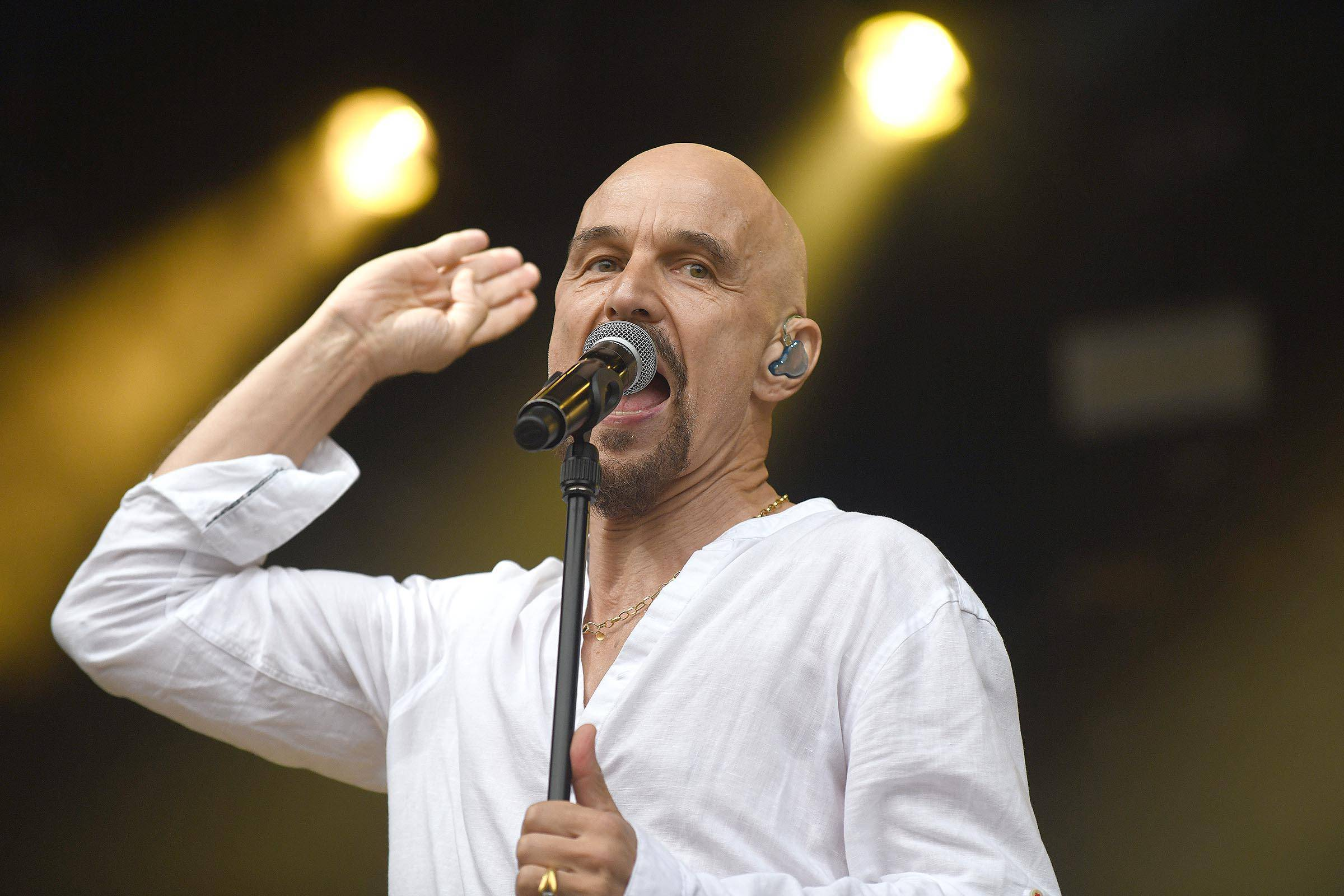 Tim Booth of James