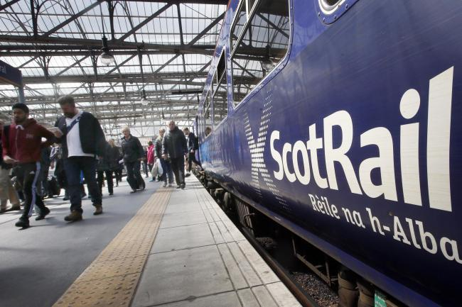 Travel chaos as ScotRail reduce carriages during rush hour between Glasgow Central and East Kilbride