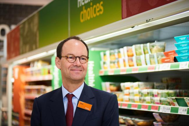 Sainsbury's chief gets 40% boost to annual bonus | Wizz Air's soaring passenger numbers |  Brexit hits construction sector