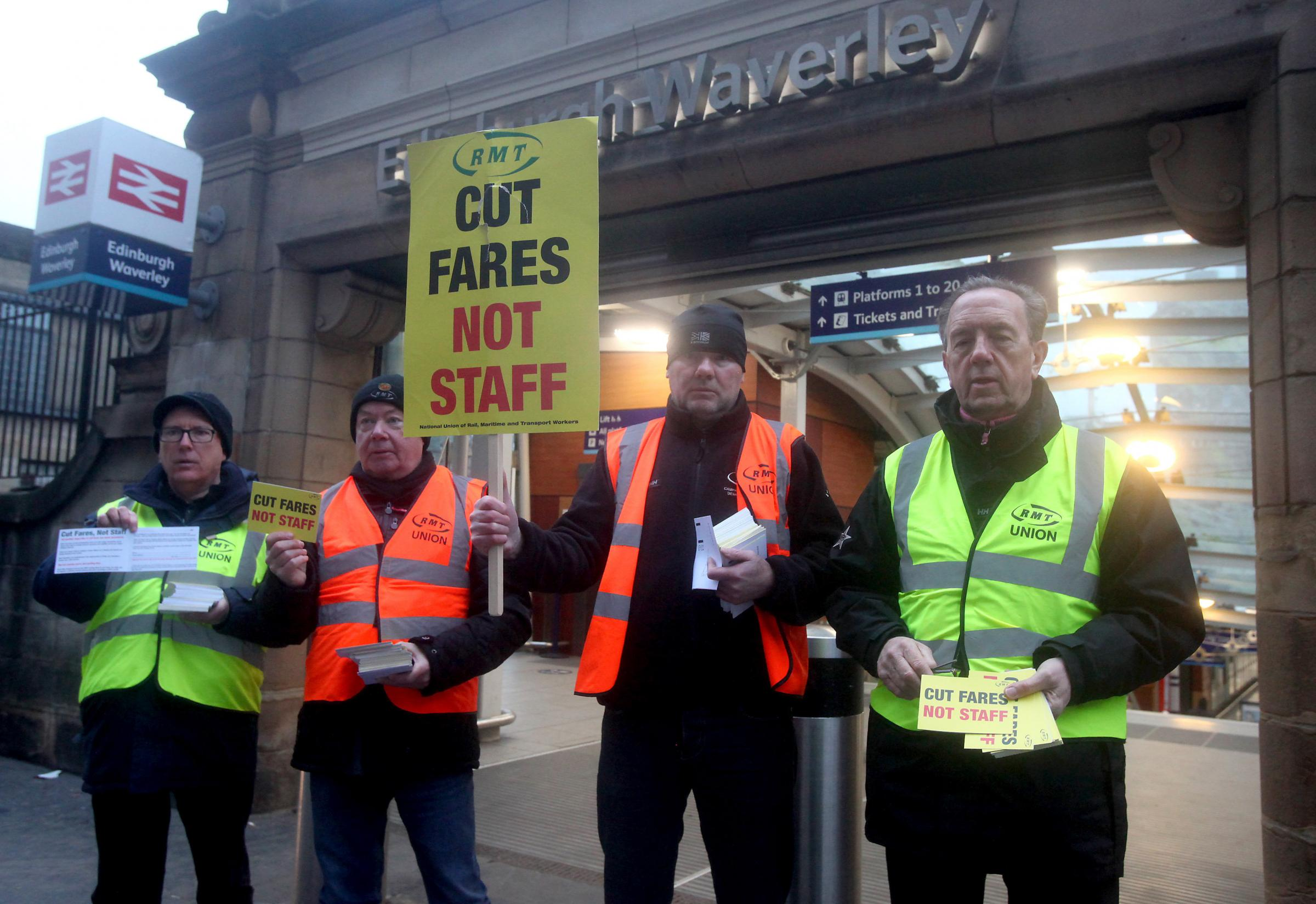 Railway staff at Edinburgh Waverley to strike