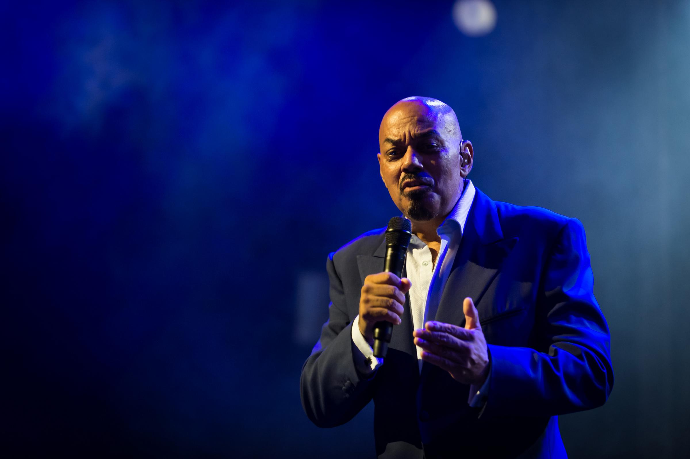 James Ingram. Tribute to Claude Nobs. Montreux Jazz, le 21.07.2013.The US R&B singer and songwriter James Ingram has died in Los Angeles at the age of 66..Credit : AIKA/DALLE.© Dalle / eyevine..For further information please contact eyevin