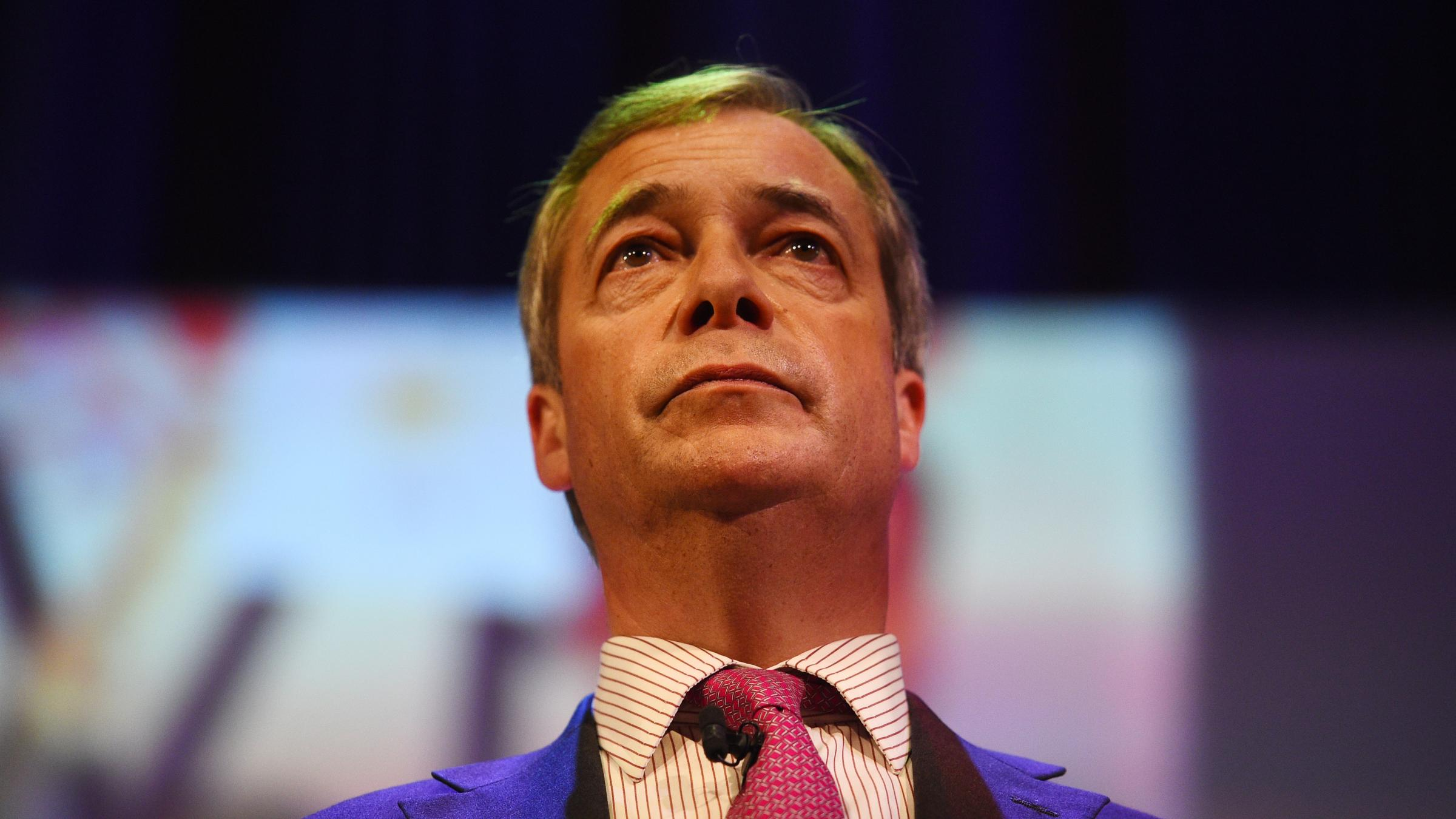 Nigel Farage throws weight behind new Brexit Party