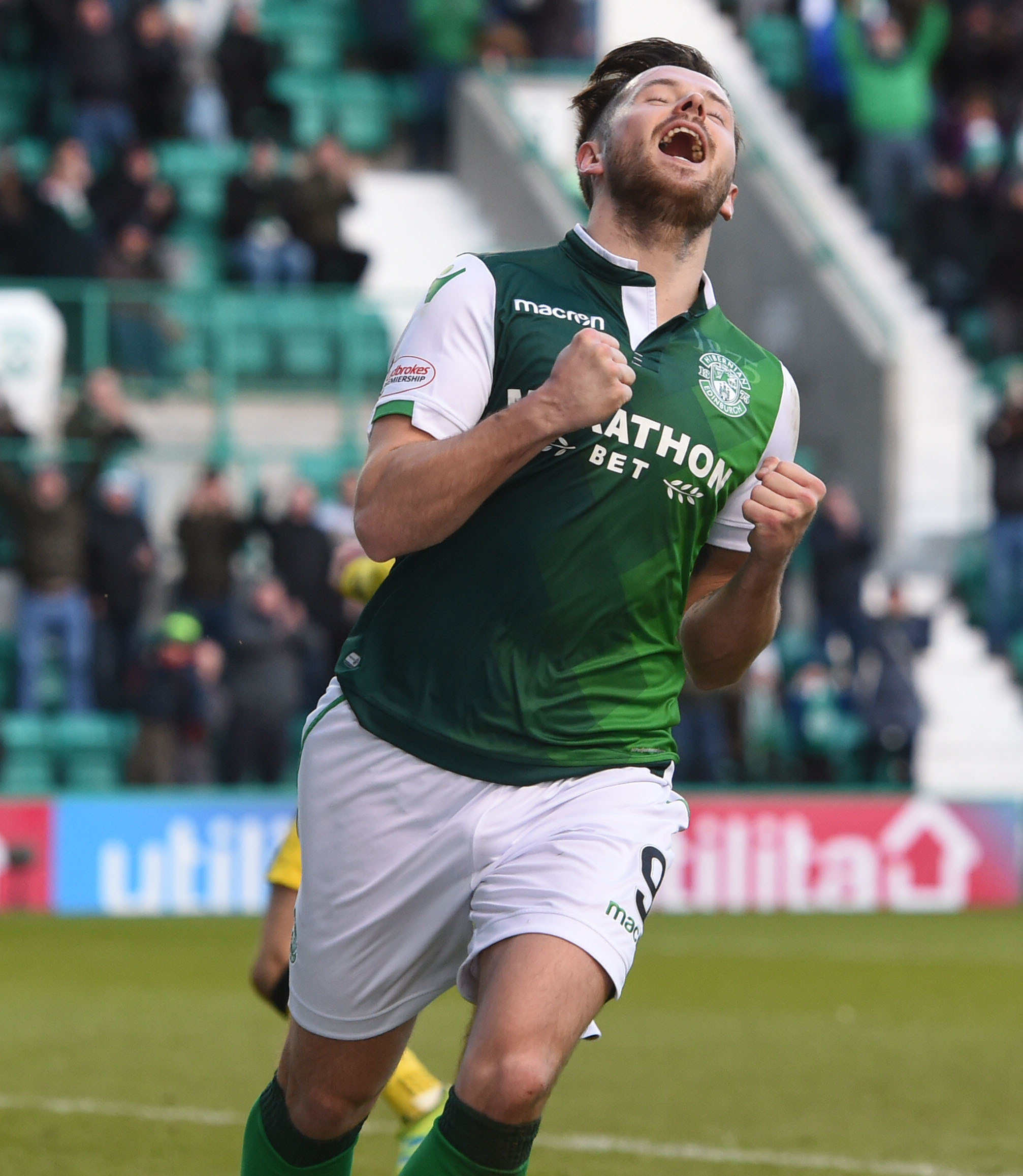 09/02/19 WILLIAM HILL SCOTTISH CUP 5TH ROUND.HIBERNIAN v RAITH ROVERS (3-1).EASTER ROAD- EDINBURGH.Hibernian's Marc McNulty celebrates his goal..