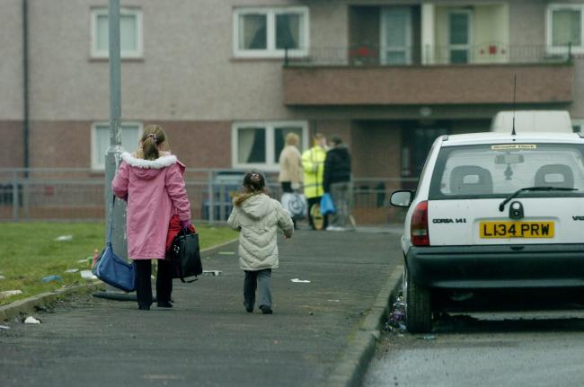 Thinktank says the Scottish Government is right to have targets on reducing child poverty