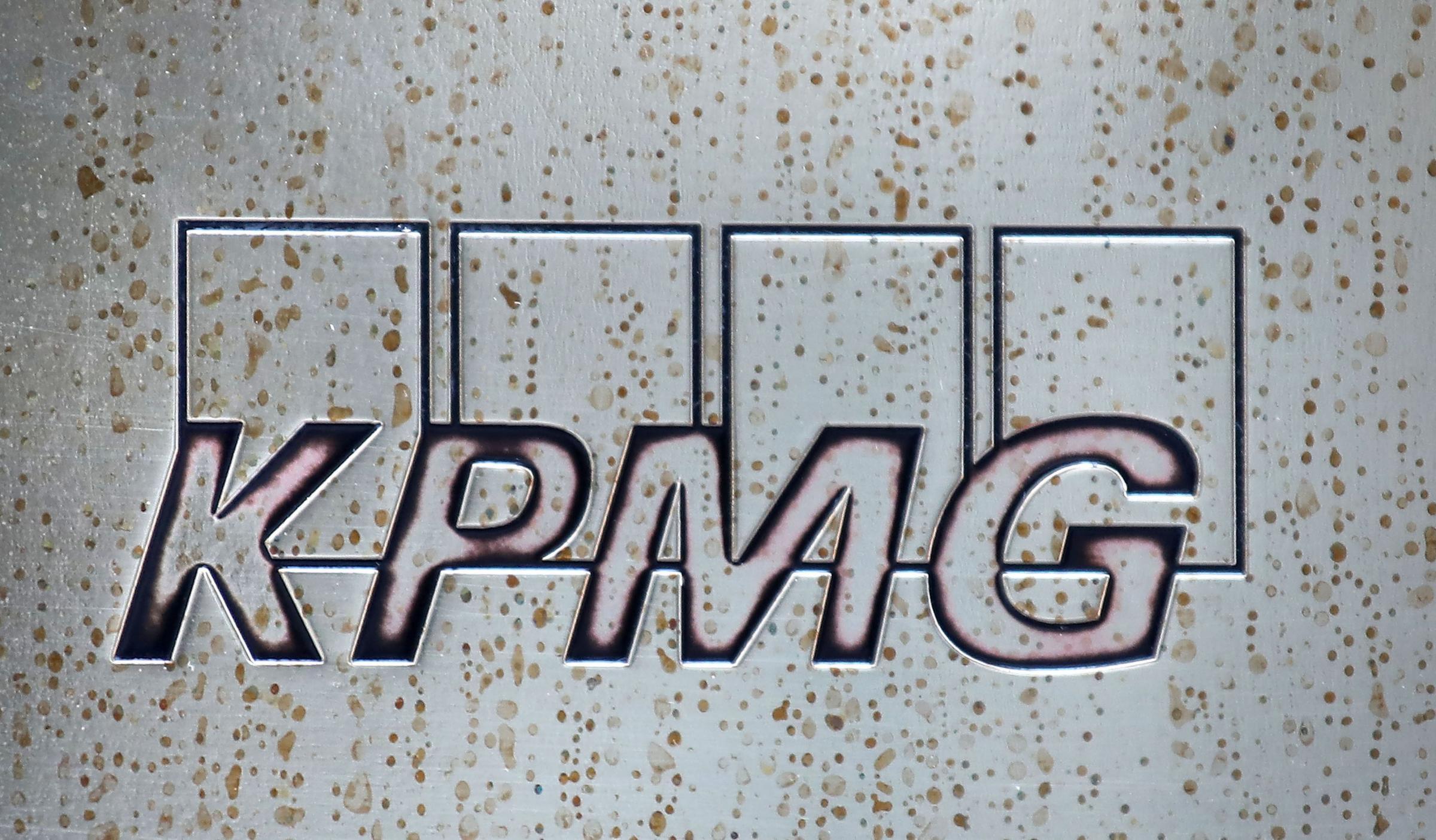 KPMG to create 400 jobs in Glasgow