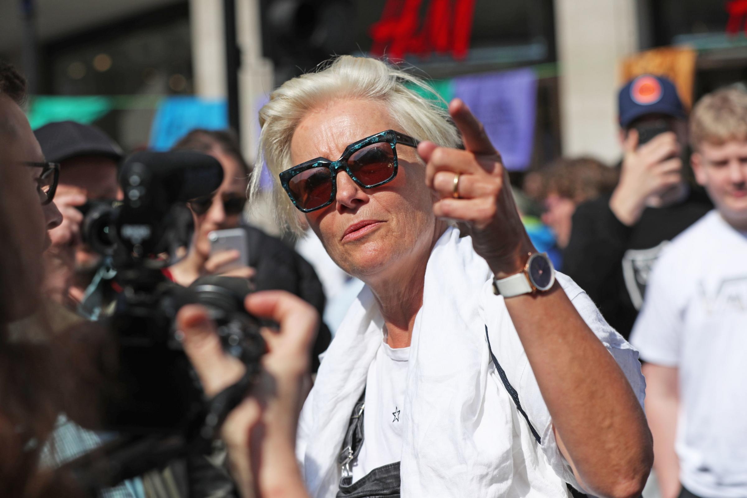 Dame Emma Thompson flies 5,400 miles to join London climate change protests