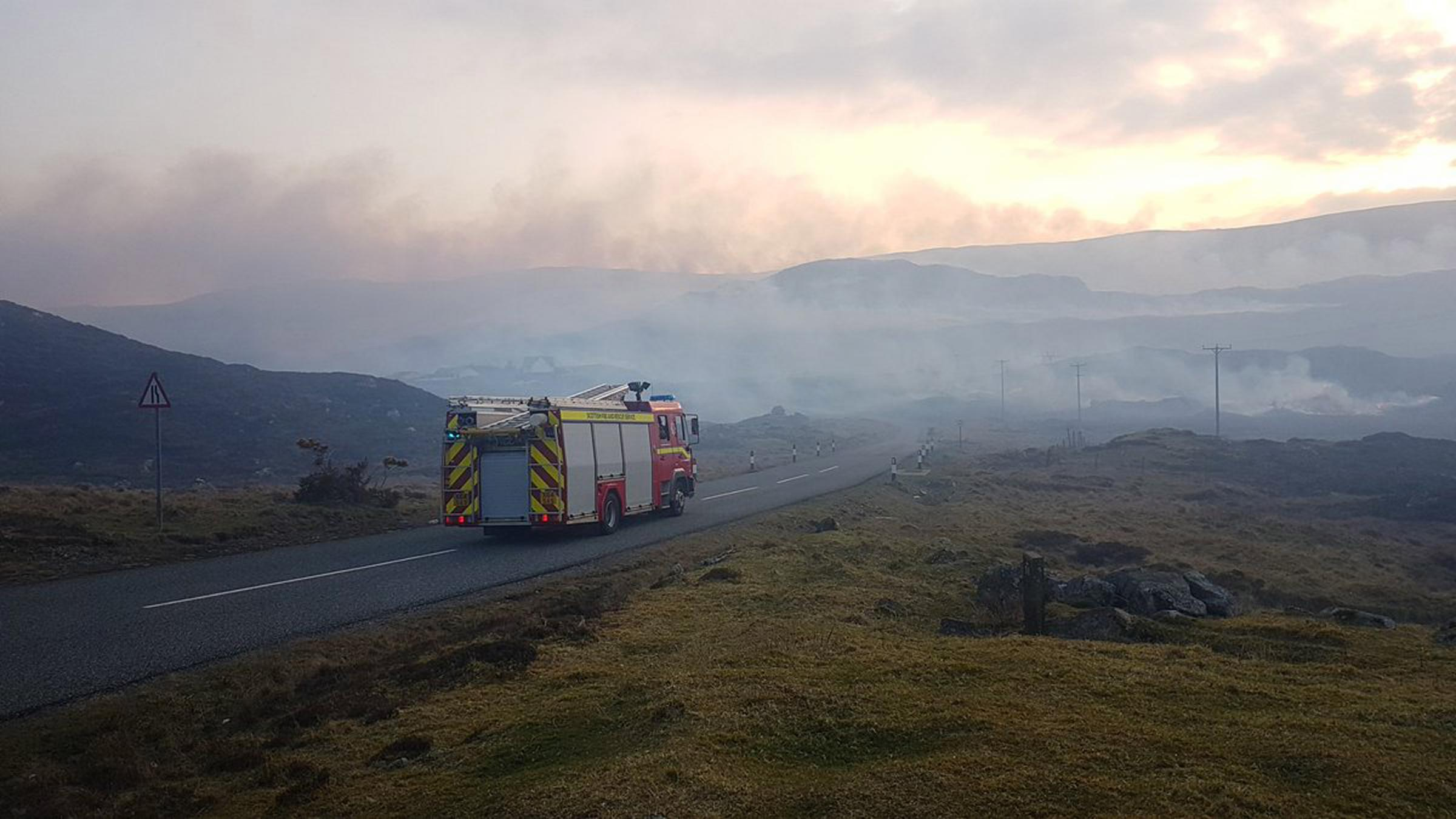 Easter Sunday Horizon Is Burning >> Heather Burning Row After Easter Wildfire Warning In Western Isles