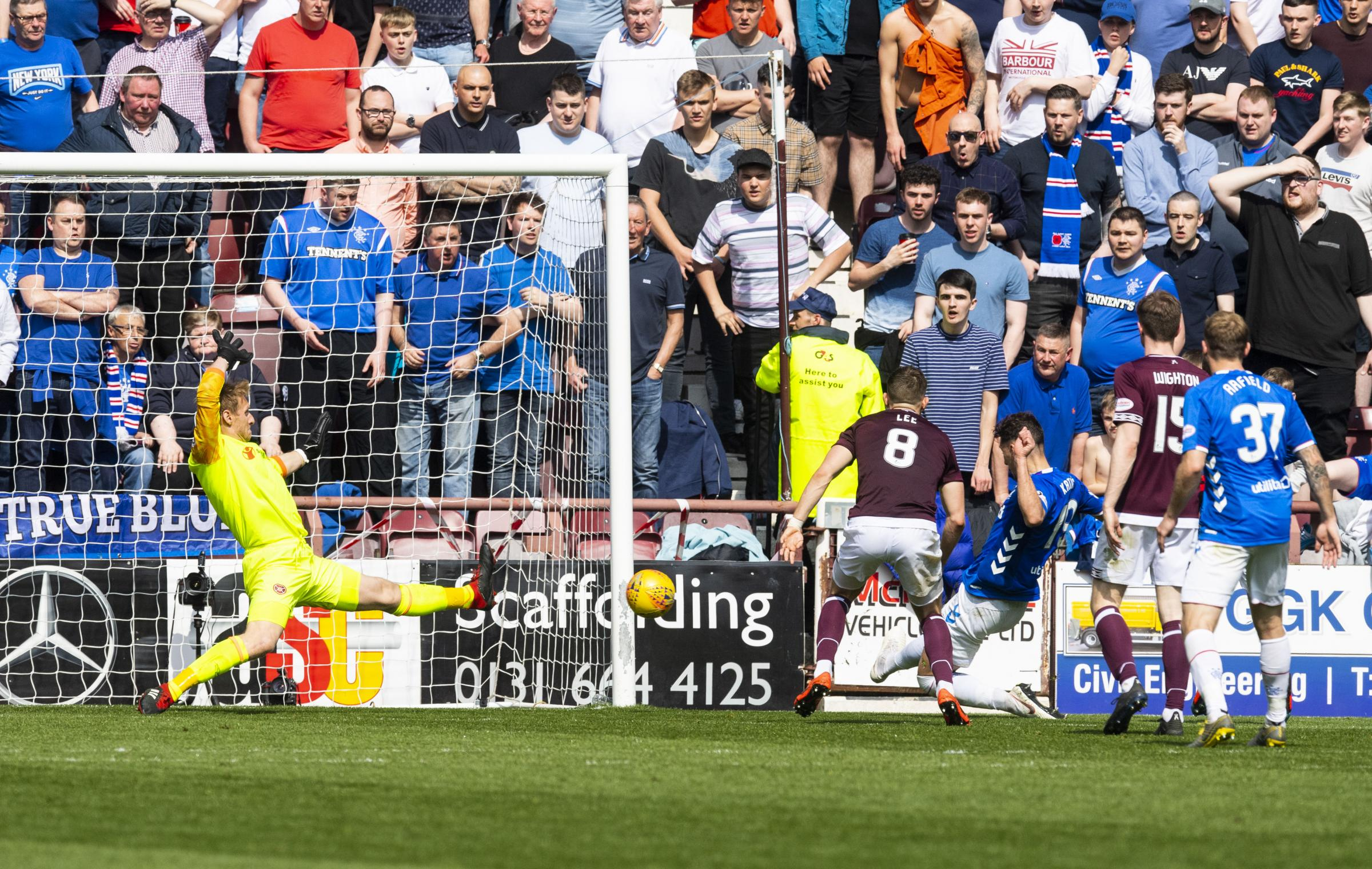 Live: Hearts 1-3 Rangers | MacLean pulls one back for Hearts