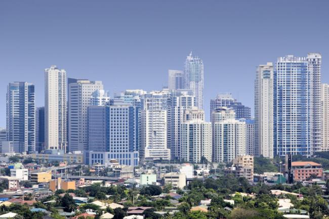 Buildings in Manila's business district shook during the quake