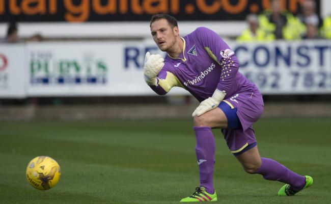 000b6c32b Dunfermline goalkeeper Sean Murdoch retires from playing to become a ...