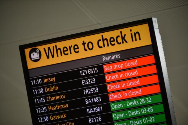 Flights suspended at Gatwick Airport amid air traffic 'technical fault'