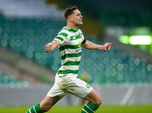 Celtic's Robbie Deas scores late in the game to make it 3-2
