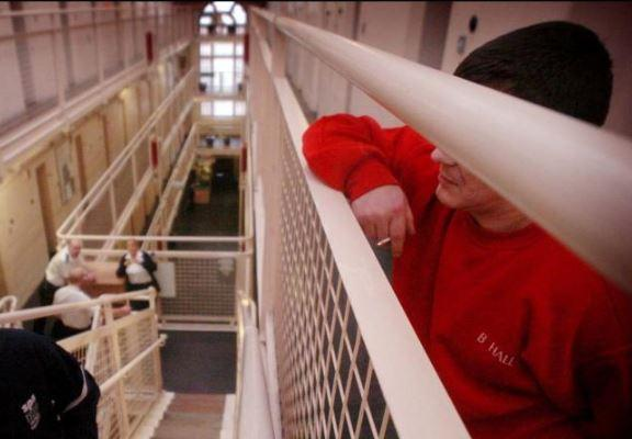 Smoke levels in Scottish prisons reduce drastically after ban