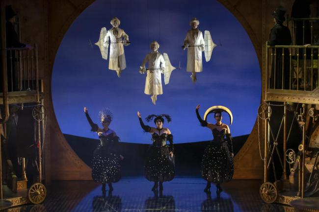 The Magic Flute by Scottish Opera   Picture: James Glossop