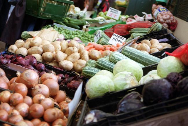 Food waste schemes can tackle wider social problems, experts claim