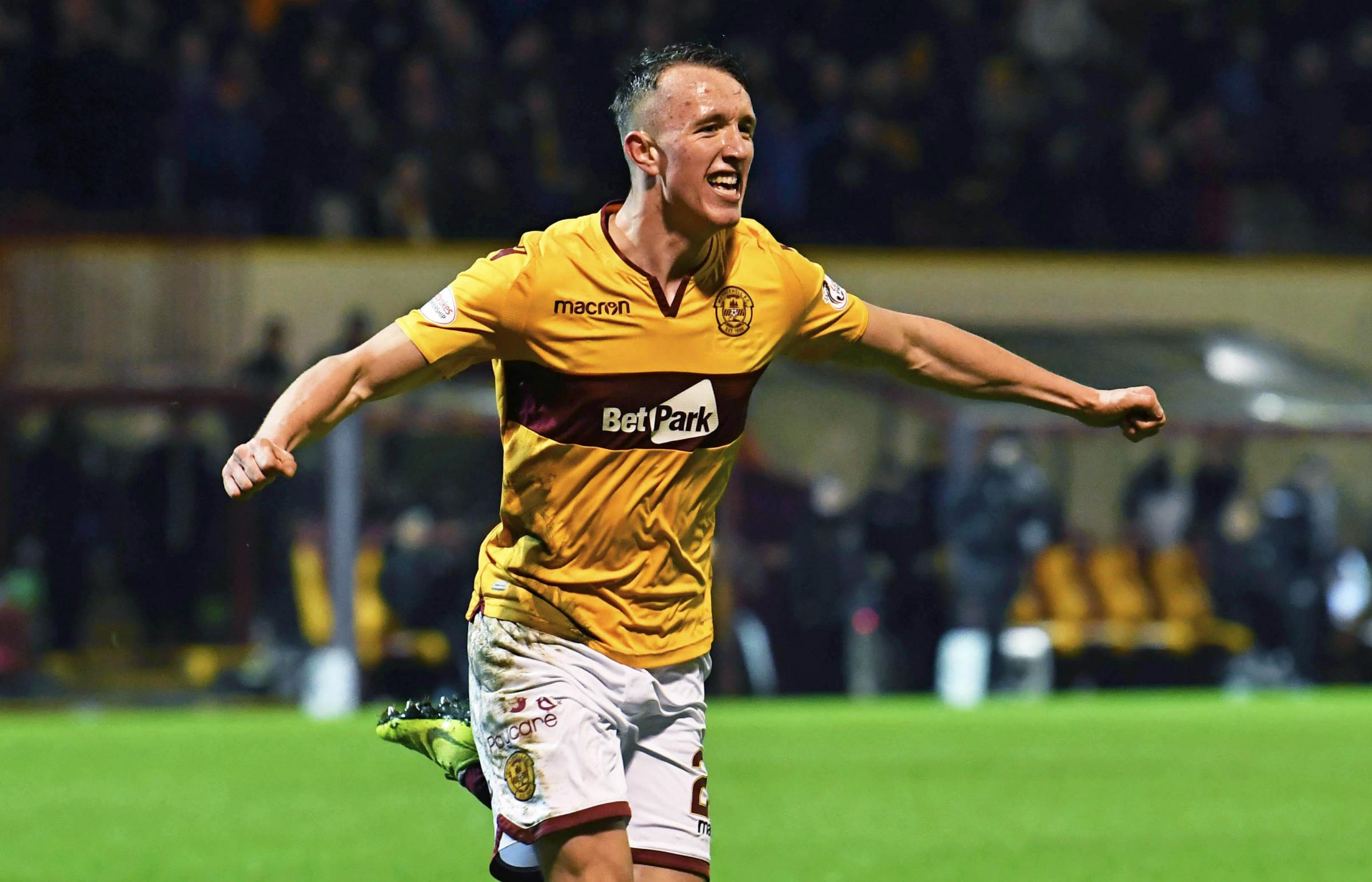 Celtic agree £3m fee with Motherwell for David Turnbull