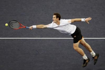 Andy Murray dominated Roger Federer to set up a final against Novak Djokovic