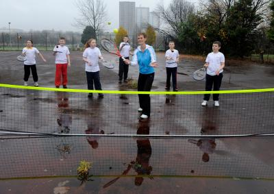 Judy Murray enjoys a hit around with youngsters at Drumchapel. Picture: James Galloway