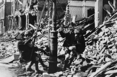 Bob Holman believes the Blitz spirit could help children blighted by poverty today