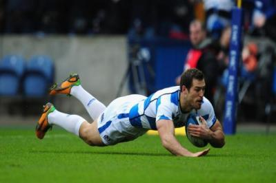 Tim Visser scores a try against New Zealand   Photograph: Getty