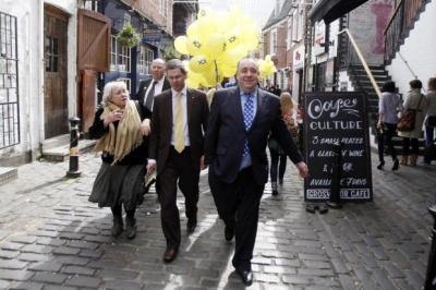 Alex Salmond hits the campaign trail