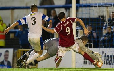 Scott Vernon forces in Aberdeen's second goal