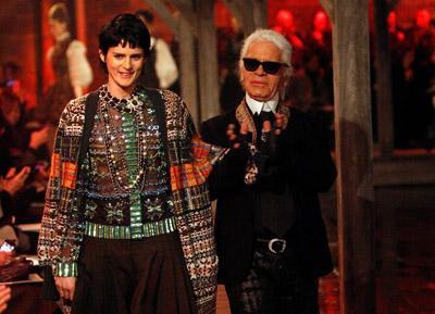 Scottish model Stella Tennant with 'King' Karl Lagerfeld