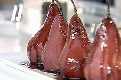 Red wine spiced autumnal pears